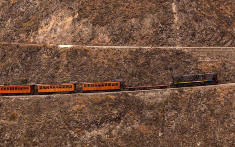 Путешествие не для слабонервных: самые страшные железные дороги