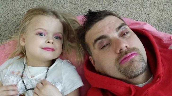30 фото, которые доказывают безграничную власть дочек над отцами